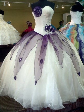 La Glitter White and Purple Dress